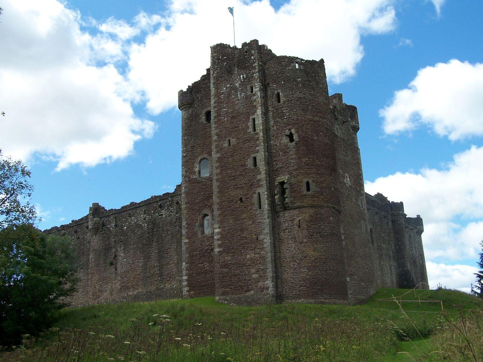 visit dounce castle by electric bike